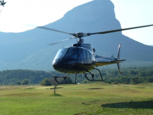 Helikoptervlucht naar de 19th hole